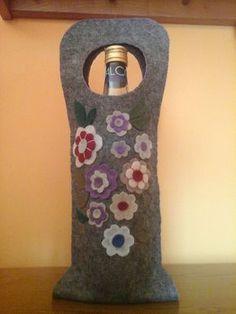 Portabottiglia di feltro, by Amo a Mano, 10,00 € su misshobby.com