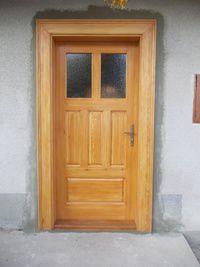 Vchodové dveře-borovice