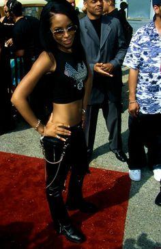 Aaliyah Rip Aaliyah, Aaliyah Style, My Black Is Beautiful, Beautiful People, Aaliyah Pictures, Star Actress, Aaliyah Haughton, Afro Punk