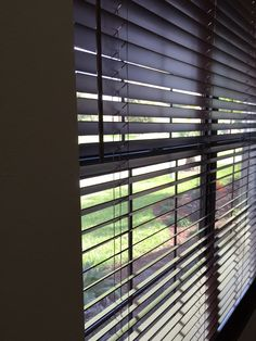 Real Wood Blinds Stained And Crafted Of North American Hardwoods Available At Budget