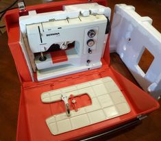 Tempted Threads: Vintage Bernina 830 Record Sewing Machine - Restored