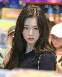 """아이린 🐰🏹 IRENE on Instagram: """"[HQ] 190730 Irene @ HKG ✈ ICN . . . _____________________________________________ © Golden Slumber 🖇 tags;…"""" Seulgi, Korean Girl, Asian Girl, Petty Girl, Red Velvet Irene, I Love Girls, Soyeon, Kpop Girl Groups, Ulzzang Girl"""