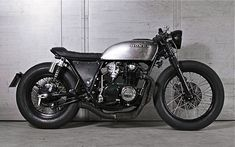 Cafe racers, scramblers, street trackers, vintage bikes and much more. The best garage for special motorcycles and cafe racers. Cb750 Cafe Racer, Scrambler, Inazuma Cafe Racer, Cafe Racer Bikes, Vintage Cafe Racer, Custom Cafe Racer, Vintage Bikes, Brat Bike, Cafe Racer Motorcycle