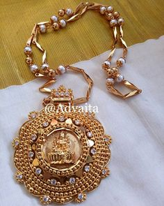 #aniversarycollection #goddesslakshmi #pathakam #whitestone #pearl #pearlchain #goldplated #onamcollections