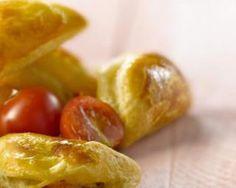Feuilletés tomate, parmesan et basilic : http://www.fourchette-et-bikini.fr/recettes/recettes-minceur/feuilletes-tomate-parmesan-et-basilic.html