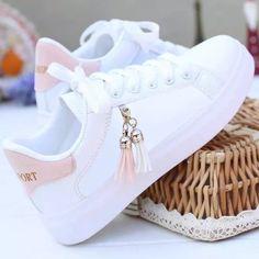 Sneakers Fashion, Fashion Shoes, Sneakers Women, White Shoes Outfit Sneakers, Womens Wedge Sneakers, Womens Shoes Wedges, Leather Sneakers, Kawaii Shoes, Aesthetic Shoes