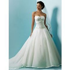MagBridal Bridal Dresses Online,Wedding Dresses Ball Gown, elegant satin a line sweetheart wedding dress with first class fabric and great handwork Formal Dresses For Weddings, Wedding Dresses Plus Size, Bridal Wedding Dresses, Cheap Wedding Dress, Wedding Dress Styles, Formal Prom, Party Dresses, Sweetheart Wedding Dress, One Shoulder Wedding Dress