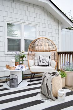 Cozy Spot For One Spring and Summer Deck Refresh - How to create a personal outdoor retreat for relaxing & enjoyment. Boho, cottage farmhouse patio makeover with egg chair Cozy Patio, Backyard Patio, Indoor Outdoor Area Rugs, Outdoor Spaces, Outdoor Living, Outdoor Patios, Outdoor Kitchens, Outdoor Decor, Interior Exterior