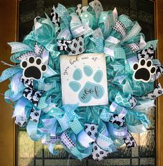 Dog Wreath, Dog Lover& Wreath, Pet Lover& Wreath, Animal Lover& W. Wreath Crafts, Wreath Ideas, Dog Wreath, Mesh Wreath Tutorial, Diy Spring Wreath, Dog Crafts, Deco Mesh Wreaths, How To Make Wreaths, Holiday Wreaths