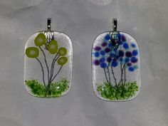 Fused glass - Frit and copper wire flower pendants