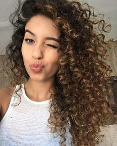 Want to wake up with curls but can't decide between spiral perm vs regular perm? We're telling you everything you need to know about spiral perm hairstyles! Curly Balayage Hair, Highlights Curly Hair, Ombre Curly Hair, Brown Curly Hair, Dark Brown Hair With Caramel Highlights, Colored Curly Hair, Long Curly Hair, Curly Girl, Brown Hair Perm