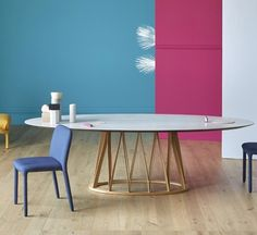 Acco Oval Table