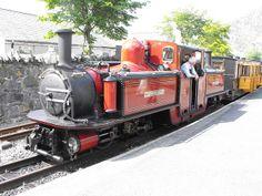 At Blaenau Ffestiniog Heritage Railway, Transportation Technology, Old Trains, Train Engines, Cymru, Steam Engine, Steam Locomotive, Water Tank, Motorcycles