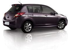 Nissan Tiida SE 16 Hatchback