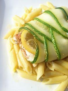 Любите ли вы рыбу так, как люблю её я? Никогда не откажусь от порции вкуснейшей сёмги или форели. Перед вами рецепт который понравится каждому!Запеченный лосось в цукини — это исключительно просто и невероятно вкусно. Готовьте это просто так, готовьте по праздникам, на романтический ужин при свечах своим любимым. Если вам понравился этот рецепт, топоделитесь этим […]
