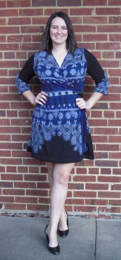 Winter Wrap Dress tutorial from Iheartjennysart.com. The piecing-together looks simple in these pics.