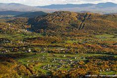 Bromont - Photos Photos, River, Mountains, Nature, Outdoor, Tourism, Outdoors, Naturaleza, Nature Illustration
