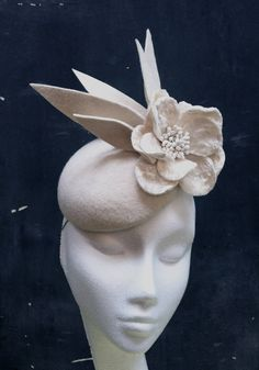 Ivory felt cocktail hat by fifilabelle