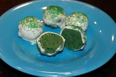 Cake balls for St. Pattys Day, Yum!