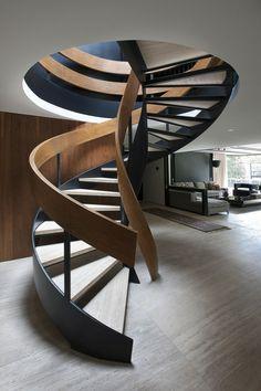 rustikales design treppen holz metall luxus materialien. Black Bedroom Furniture Sets. Home Design Ideas