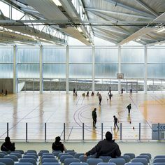 Gallery of Multisports Hall Mouvaux / de Alzua+ - 13