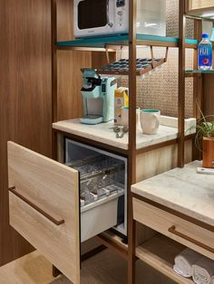 small hotel Hospitality Industry Trade Shows Hotel Minibar, How To Clean Furniture, Furniture Cleaning, Classic Furniture, Kitchen Furniture, Bedroom Furniture, Hotel Room Design, Hotel Interiors, Tiny Spaces