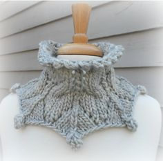 Ravelry: Eiswein pattern by Laura Aylor
