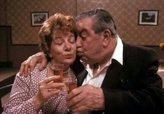 Hilda and Stan, Coronation street British Drama Series, Strong Character, Coronation Street, Iconic Characters, History Photos, Tv On The Radio, Famous Faces, Good Old, Childhood Memories