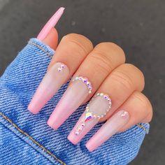 Diamond Nail Designs, Diamond Nails, Diamonds On Nails, Acrylic Nails Coffin Pink, Coffin Shape Nails, Rhinestone Nails, Pink Bling Nails, Rhinestone Nail Designs, Nail Crystal Designs