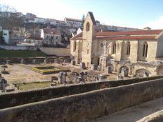 Ruinas del  Mosteiro Santa Clara Velha em #Coimbra