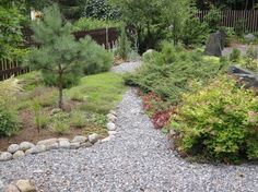 Japanilainen teepuutarha | Toivepiha Oy Stepping Stones, Garden Design, Concrete, Sidewalk, Gardening, Landscape, Outdoor Decor, Ideas, Home Decor