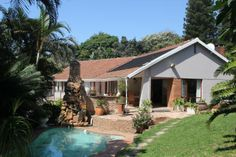 PROPERTY RAMSGATE - RAMSGATE House HIBISCUS COAST The main house consists of 3 Bedrooms (BIC) and 3 Bathrooms (2xen suite), large o/p lounge and diningroom, modern kitchen with granite tops, built in oven, stove and extractor fan. Off the lounge is the large  R 1 950 000