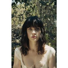 An image of Zooey Deschanel ❤ liked on Polyvore featuring people and zooey deschanel