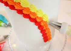 Saint Patrick's Day~ Buttercream Rainbow!~Blog Tutorial   My Cake School