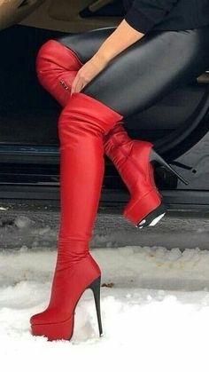 Details zu der Klassiker: 16 cm schwarze Leder High Heels von Buffalo weisse Sohle