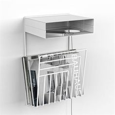 Pejl wall mounted bedside table - white - Perform