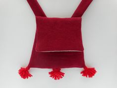 Sweet red Medieval Pilgrims' Scrips, Century, French Gothic (Trapezoidal Bag, Purse, Scrippe) These bags were inspired by an image of three pilgrims in the Maceijowski. Cloak, Pilgrim, Medieval, Satchel, Wool, Purses, Amber, Red, Handmade