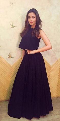 Alia Bhatt on living alone: It's made me more responsible! Alia Bhatt on living alone: It's made me more responsible! Western Dresses, Indian Dresses, Indian Outfits, Indian Attire, Indian Wear, Saris, Wow Photo, Alia Bhatt Cute, Lehnga Dress