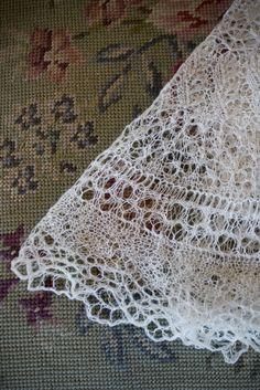 Knitting Veil Stitch : Vintage Cobweb Stole circa 1953 Vintage Knitting & Crochet Pinterest ...