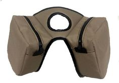 Insulated horn bag, Cordura horn bag with removable insulated bag to keep your drinks or snacks cold on those hot trail rides Also see our matching insulated saddle bag. Horn Bag $34.00 www.saddlebarn.com Trail Riding, Horse Stuff, Tack, Horn, Sewing Ideas, Saddle Bags, Equestrian, Drinks, Drinking