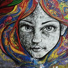 More details of the work, place and artist: http://streetartrio.com.br/artista/desconhecido/compartilhado-por-samiradeodato-em-nov-25-2014-0547/ /  #streetartrio #vscobrasil #vscocam #streetphotography #buildinggraffiti #graffitiart #art #streetart #handmade #street #graff  #urban #wallart #spraypaint #aerosol #spray #wall #mural #murals #painting #arte #color #streetartistry #artist #grafiti #urbano #rue #guerillaart