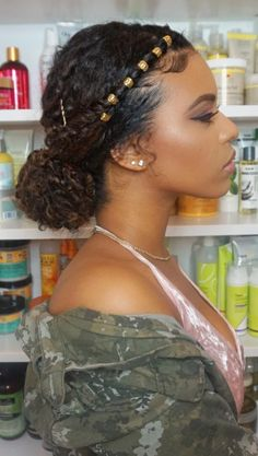20 Photos That Prove Double Bun Hairstyles Can Be Sophistica.- 20 Photos That Prove Double Bun Hairstyles Can Be Sophisticated 20 Photos That Prove Double Bun Hairstyles Can Be Sophisticated - Wedge Hairstyles, Easy Hairstyles For Medium Hair, Quick Hairstyles, Summer Hairstyles, Curly Bun Hairstyles, Simple Natural Hairstyles, Ladies Hairstyles, Hairstyles Pictures, Vintage Hairstyles