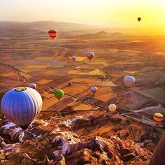 Coming in to land over Cappadocia's surreal landscape 🎈