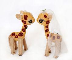 giraffe wedding cake toppers?! :) randomness