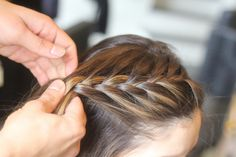 Update your Everyday Look - How to do a Braid Pony