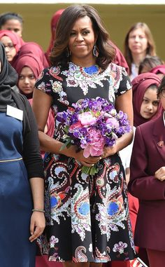 Barrack And Michelle, Michelle And Barack Obama, Mary Katrantzou, Barack Obama Family, Michelle Obama Fashion, American First Ladies, Beautiful Evening Gowns, London Fashion, Fashion 2020
