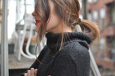 pony tail, curls, red lipstick