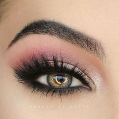 Flawless! 😍💕 @makeup.by.nessa @makeup.by.nessa @makeup.by.nessa ✨💕✨ #amazing #auroramakeup #anastasiabeverlyhills #beauty #beautiful #eyes #eyemakeup #fashion #girls #instamood #instalove #lips #makeup #maquiagem #mua #maquillage #maccosmetics #hudabeauty #motivecosmetics #pretty #stunning #instamakeup #universodamaquiagem #universodamaquiagem_oficial #vegas_nay #makeupaddict #wedding #universodamaquiagembrasil