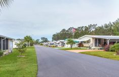 Thinking about listing your mobile home for sale? Like any piece of property, you can maximize profit on the sale of your home if you spend a little time spiffing it up before you place it on the market.