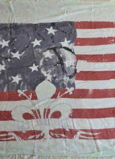 Kup mój przedmiot na #vintedpl http://www.vinted.pl/damska-odziez/inne-ubrania/17071759-szalchusta-z-motywem-flagi-amerykanskiej-z-lilijka